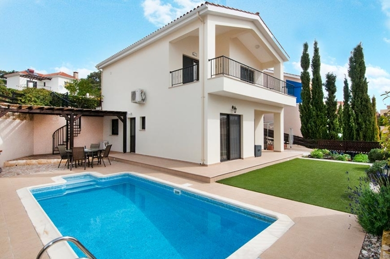 Pissouri Villa for sale 2037