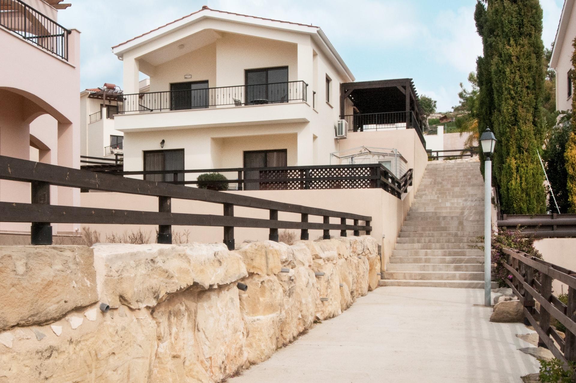 Pissouri Pine Bay Villa 2037